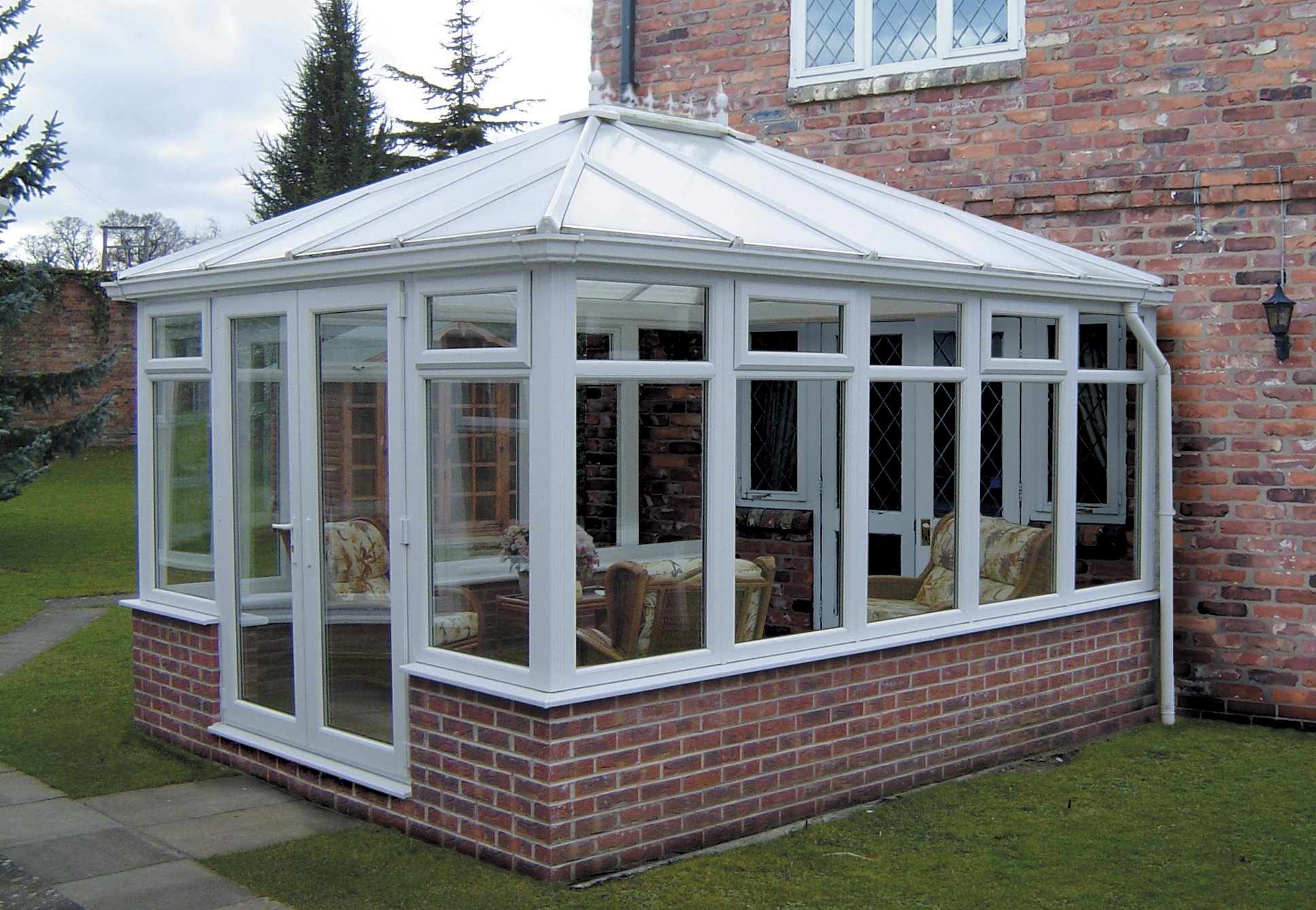 Edwardian conservatory hinckley m a home improvements for Glass rooms conservatories