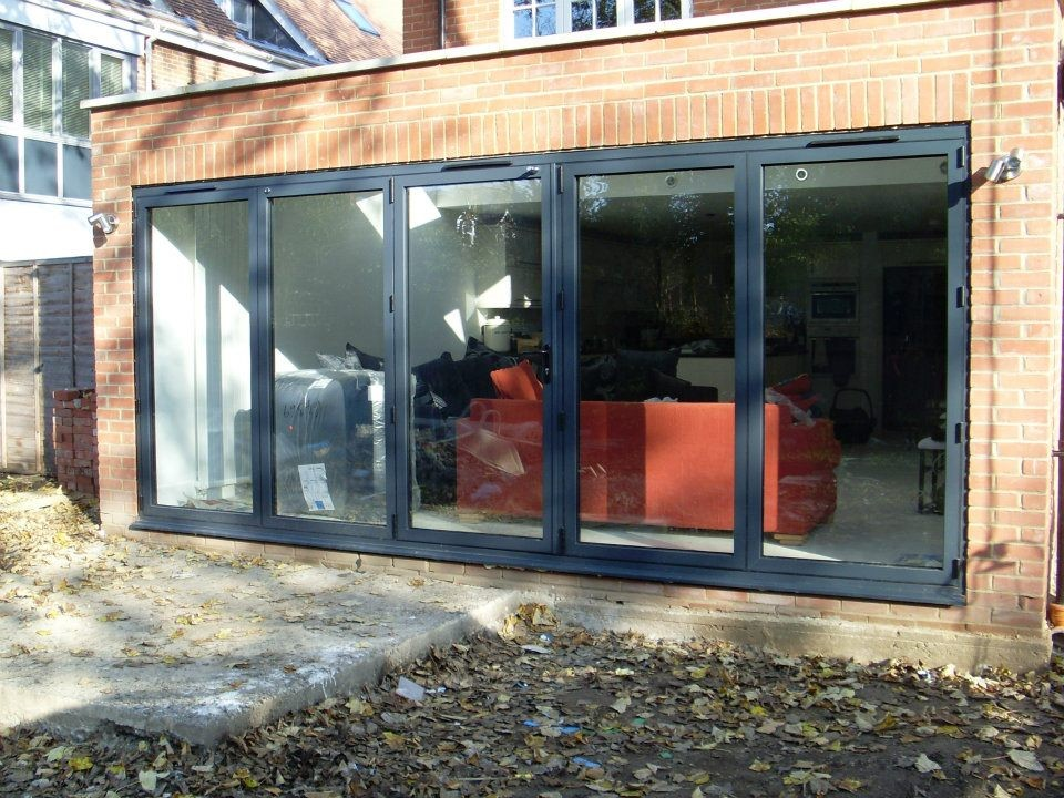 grey-bifolds-visifold
